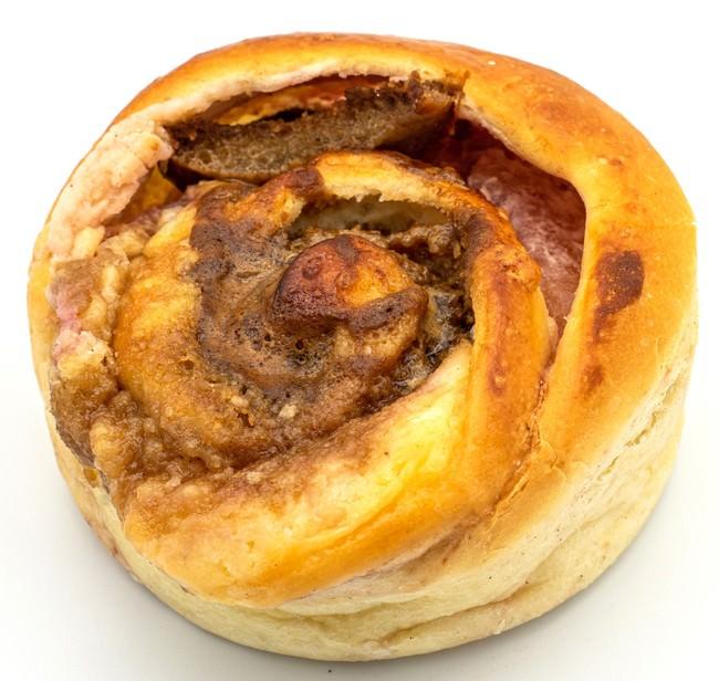 リンゴとベリーチーズのパン