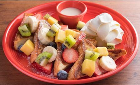 オールフレッシュフルーツミルクトースト  1,580円(税込)