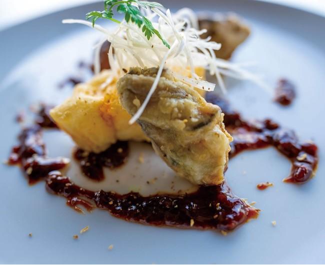 牡蠣と白身魚の素揚げ 甜麵醬ソース