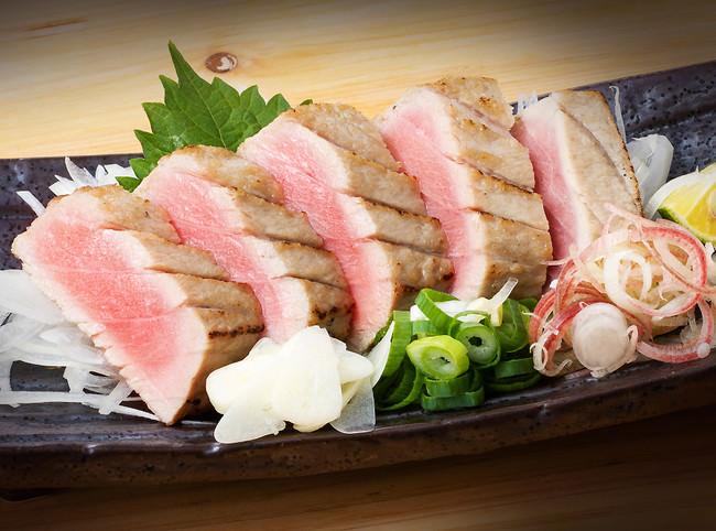 「国産生本鮪とろの藁焼き」(通常1080円→半額の540円)