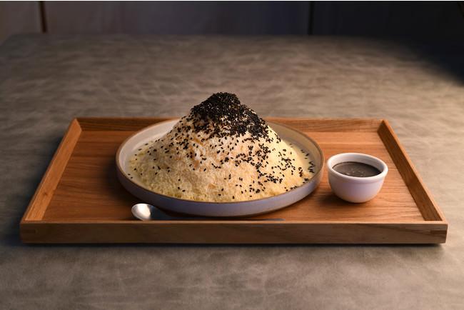 ミルクセーキかき氷黒胡麻 税込1280円