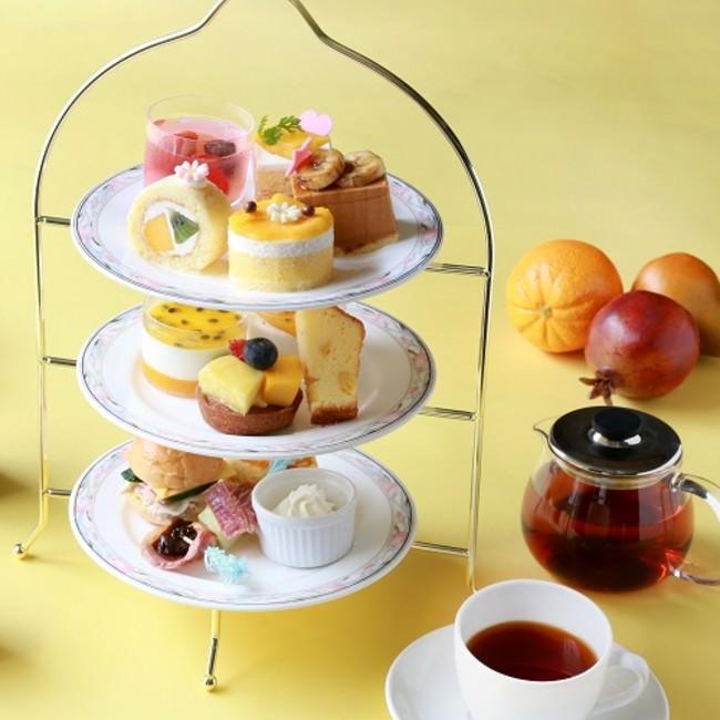 ローズホテル横浜「夏のトロピカルアフタヌーンティー」イメージ