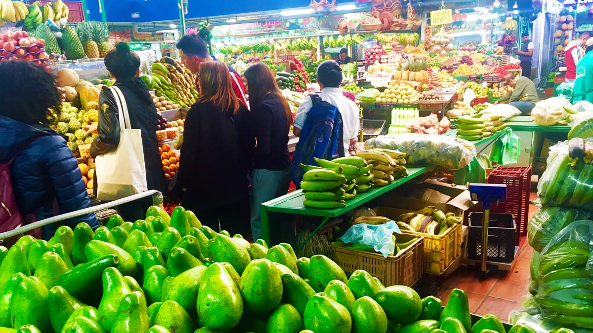 Der Paloquemao Markt von Bogota