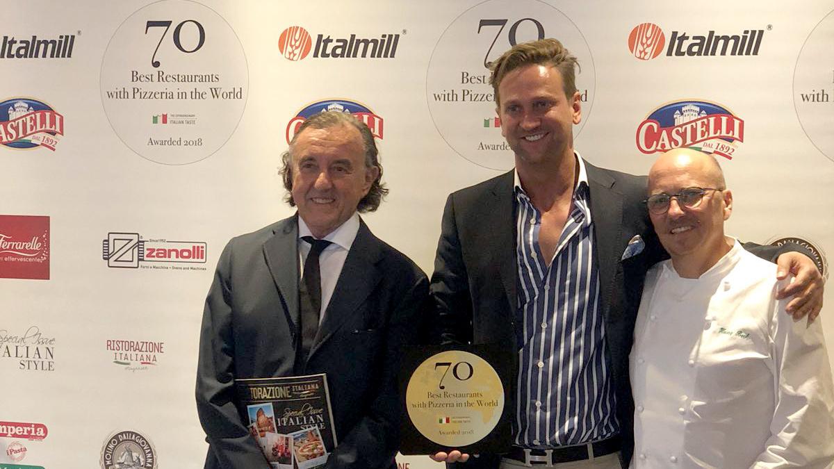 Bellucci Chef Adriano Hess bei der Verleihung des Pizza Awards mit Heinz Beck
