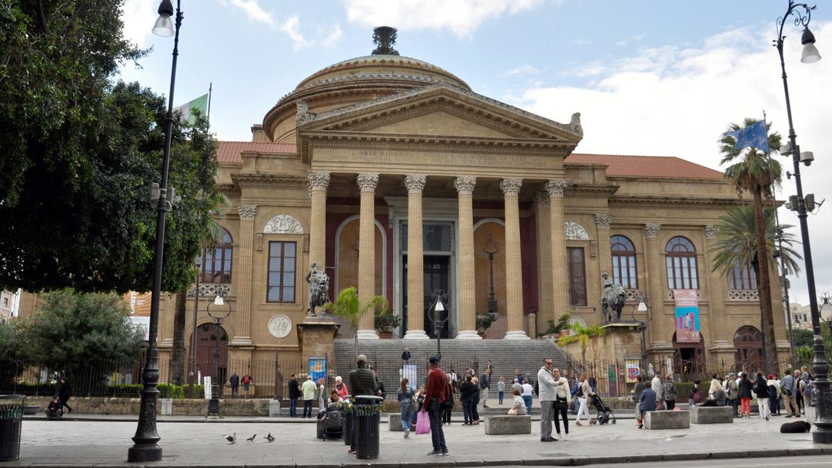 Das Teatro Massimo, das Hauptwerk des Sizilianischen Klassizismus. Foto HvF