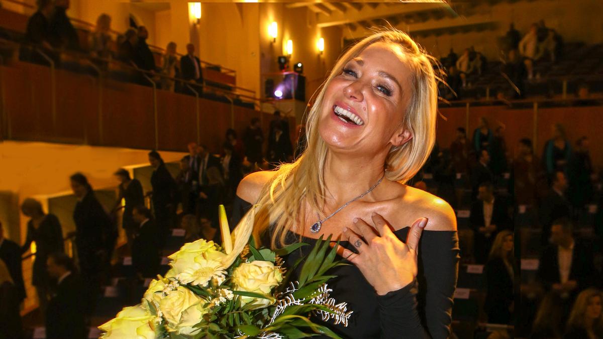 Die neue Schmuck- und Edelsteibotschafterin 2019 Janine Kunze.