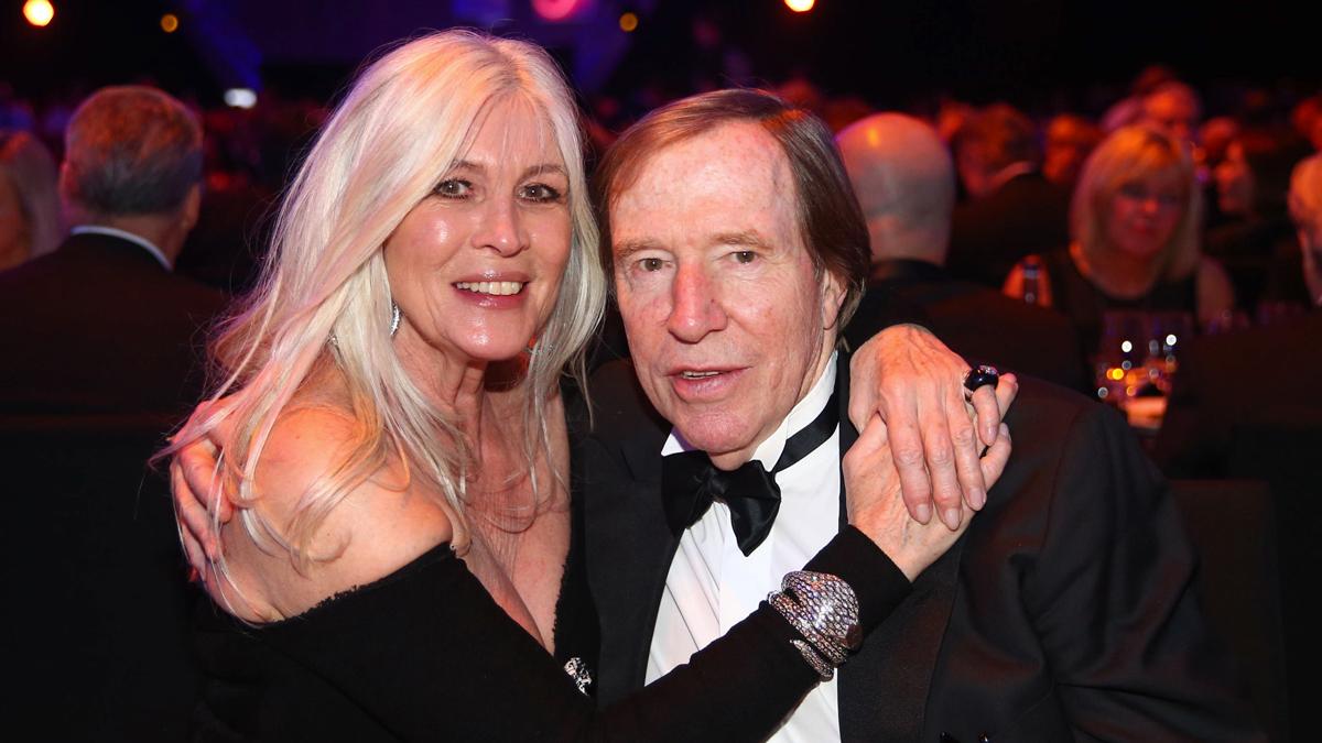 Günter und Elvira Netzer. Er wurde in die Hall of Fame des Deutschen Fußballs aufgenommen. Foto People Picture