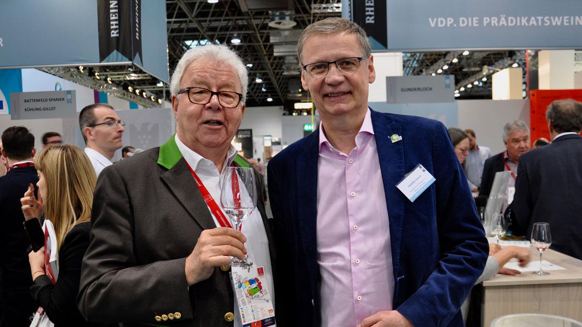 Moderator und Weingutsbesitzer Günther Jauch, Gourmino Express Autor Wolfgang Ritter. Foto WR
