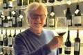 Gourmino-Express Herausgeber Helmut von Finck: Sein Herz gehört dem Weißwein, aber ab und zu darf es auch ein Glas Rotwein sein. Foto HvF