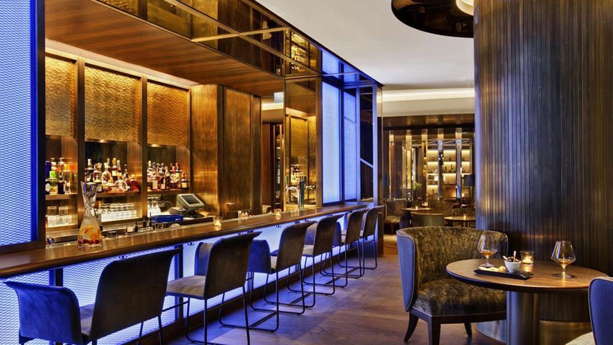Corvinus: Die Blue Fox Bar. Gehört zu den Hotspots im Budapester Nachtleben. Foto Corvinus