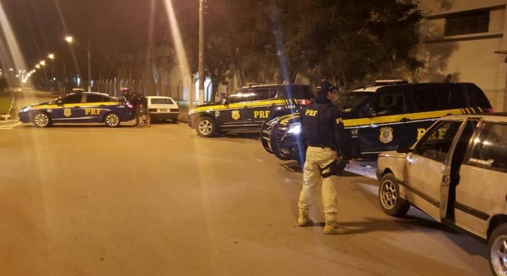 Nova quebra de recorde - PRF flagra 371 motoristas embriagados neste final de semana em SC
