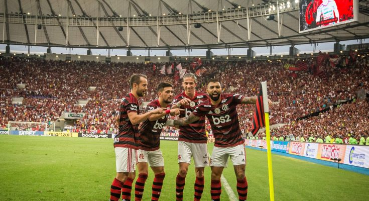 BRASILEIRÃO: Fla atropela Verdão e se mantém na liderança