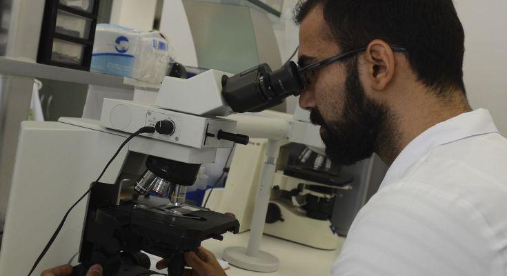 Especialista alerta para sintomas do câncer de ovário