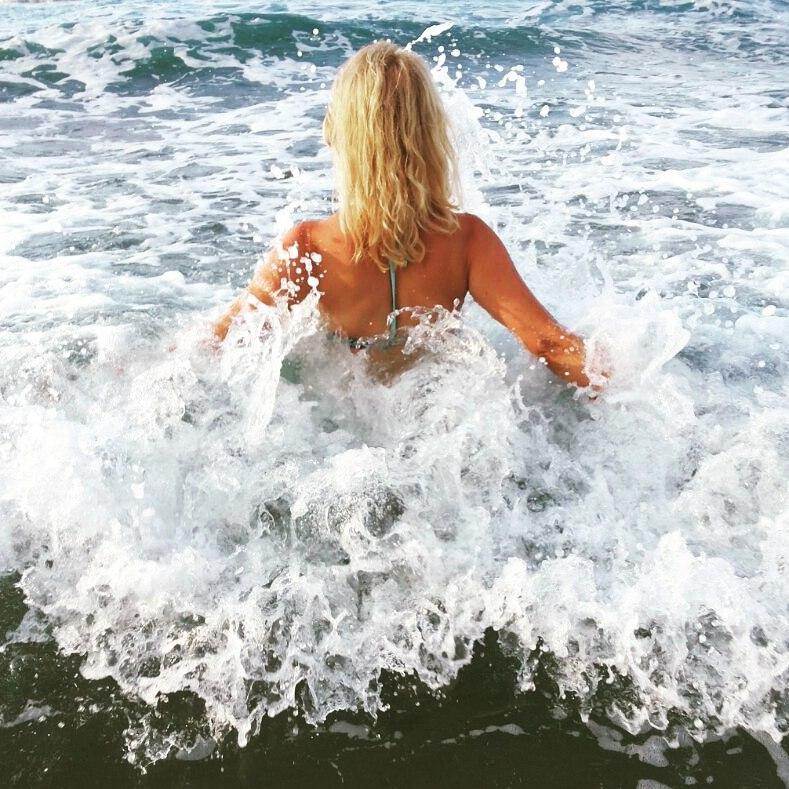 море спиной