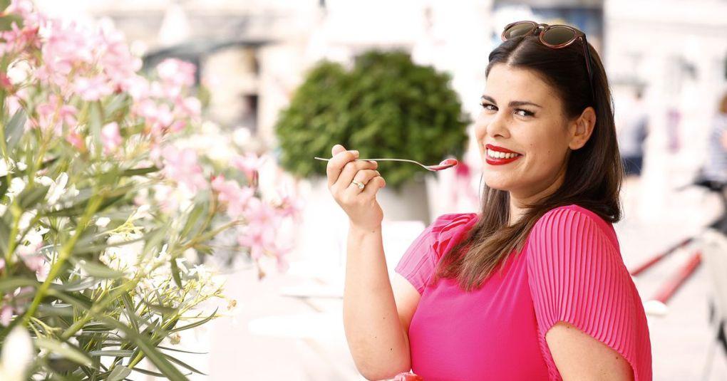 Ana Maria Mitić razkrila nosečniški trebušček, za katerega nihče ni vedel