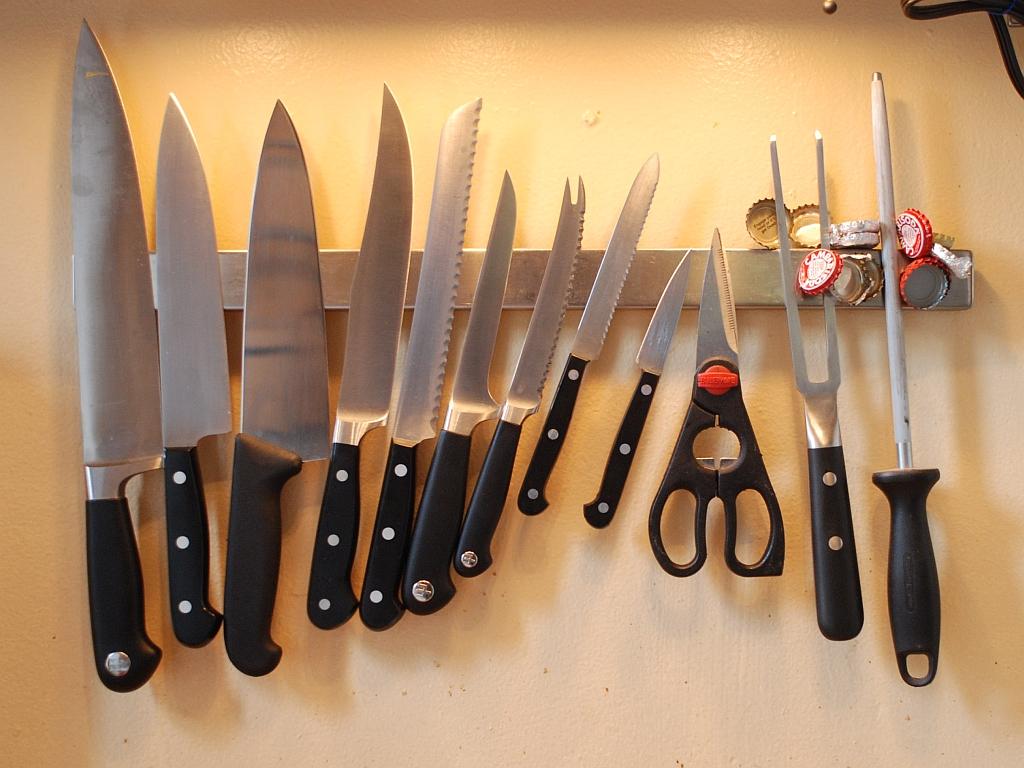 america's test kitchen knives sink sprayer gowanus furniture co  chef 39s