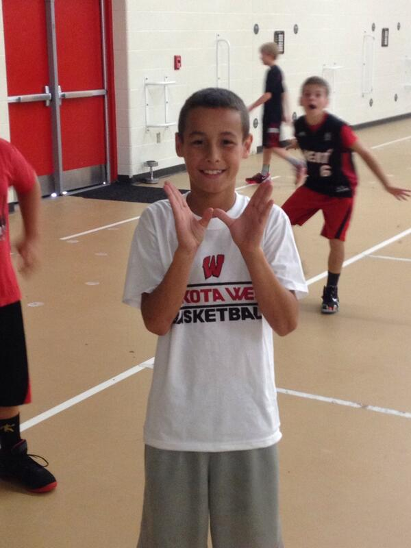 9c1c0a957434c3ad-Trey-Fetzer-Showing-his-W-at-BBAll-Camp