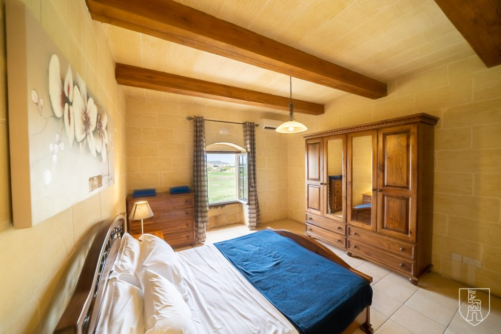 gaia_bedrooms-050-HDR