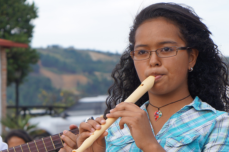 Gabriela la prodigio de la flauta dulce
