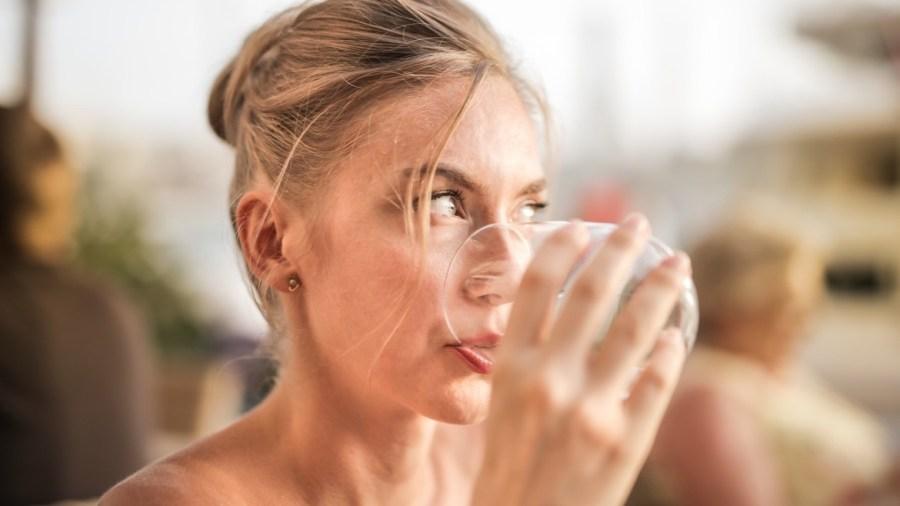 Wasser, gesunde Ernährung, GirlPlus40