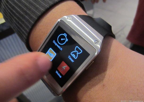 Galaxy_Gear_hands_on1_610x432