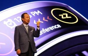 Mr. JK Shin Introduced Gear Fit