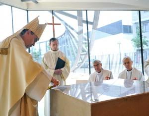 Consécration de l'église le 24 mai - Crédit : Gil Fornet