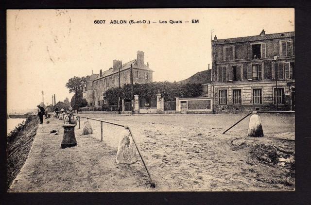 Le château est toujours présent au 7 quai Magne