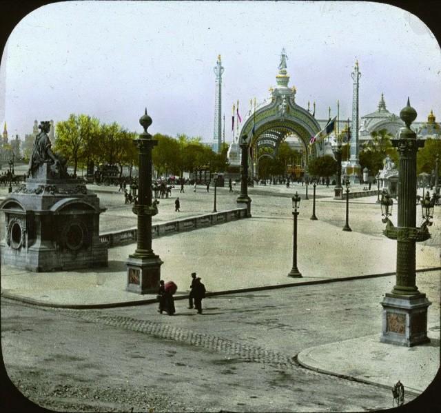 Exposition universelle de 1900 vue des Champs Elysées