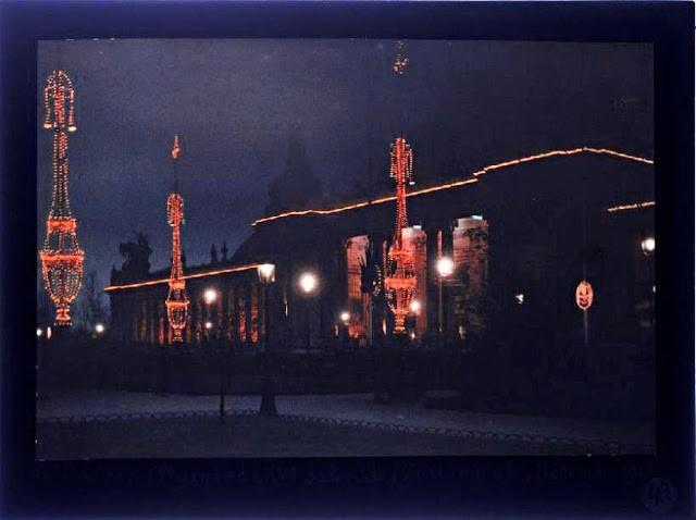 Grand palais illuminé en décembre 1912 photo  Leon Gimpel