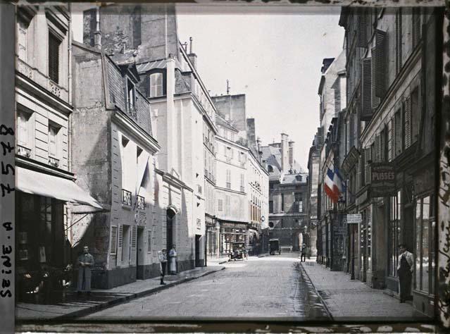 La rue de Seine, au niveau du numéro 12 par Stéphane Passet