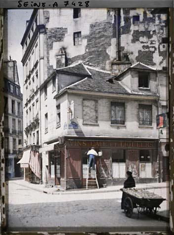 La rue du Haut-Pavé à l'angle de la rue de la Bûcherie par Stéphane Passet
