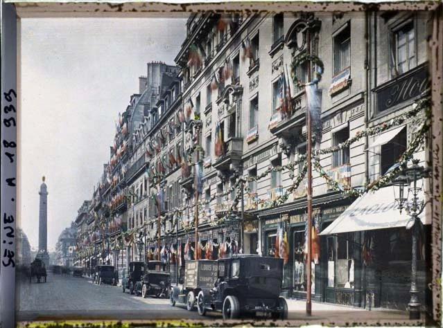 Rue de la Paix le 13 juillet 1919