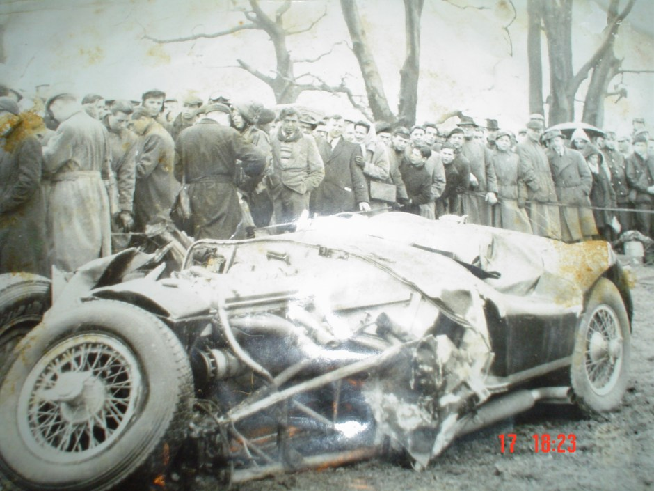 The C-Type, barely recognisable after the Oulton Park crash