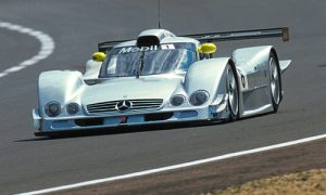 The #6 Mercedes CLR at Le Mans, driven by Lamy, Bernd Schneider and Franck Lagorce. The car was retired following the dramatic accident of the #5. (John Brooks)