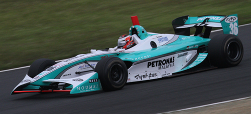 Lotterer races for Petronas Team TOM'S in 2010 (crd: Morio)