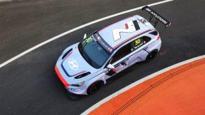 Gabriele Tarquini, Hyundai i30 (Photo: TCR Media)