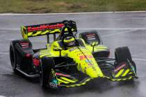 Bourdais-battles-rain-during-Barber-IndyCar-race-completion