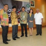Baharudin Raih The Best Farmer oleh International Pepper Community ( IPC)