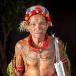 Mengenal Lebih Dalam 5 Suku di Indonesia yang Hampir Punah