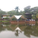 Restoran Talaga Kuring; Saung Terapung di atas Danau