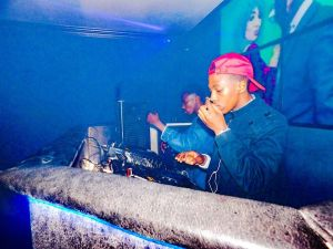 Dj Toolz feat. Afro Record - Drink n Drive