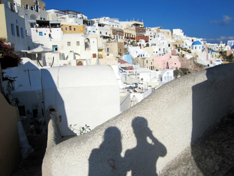 Picturesque Oia - GQ trippin