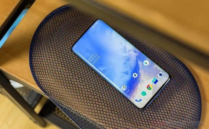 OnePlus 7 Pro: τεράστια ζήτηση στην Κίνα, επιστρέφουν συσκευές από άλλες αγορές