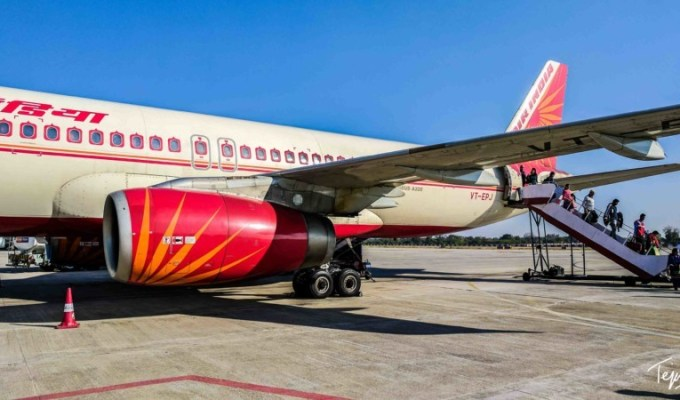 Air India doesn't deserve to be the Flag Carrier!