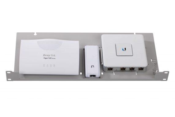 Rack-Unifi-Kombo-bestückt-USG-Key1