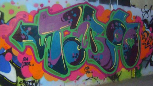 Taboo DYM, Kaos crew