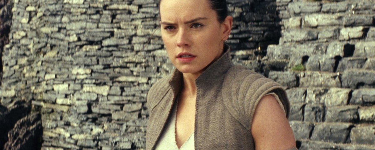 reys-parentage-really-isnt-that-important-in-the-last-jedi-and-well-learn-more-about-finns-past-social.jpg