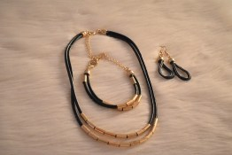 Beaded Layered Necklace with matching Ear Rings & Bracelet