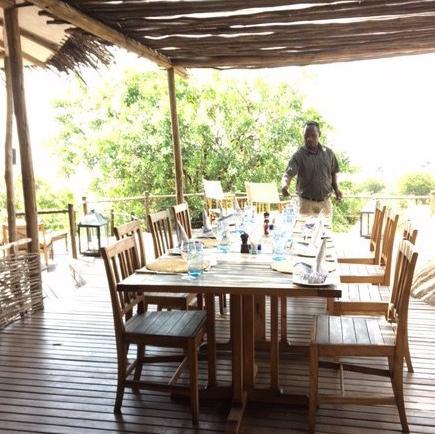 outdoor-dining-room-e1498613549827.jpg